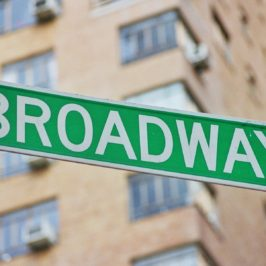 4 Ways to Get Inexpensive NYC Theater Tickets