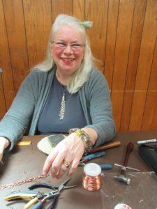 Maureen Baranov wireworking